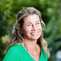 Chiropractor Laguna Beach CA Dr Lisa Arthur